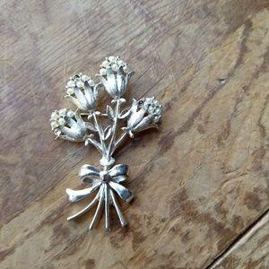 Vintage Napier flower bouquet brooch pin